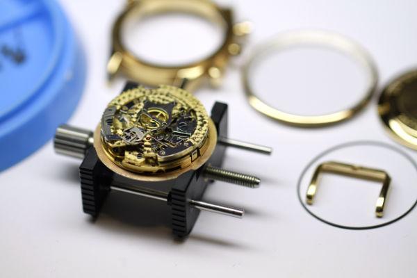 Servicio completo reloj IWC
